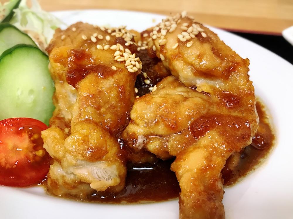 【ランチ部】 神田やいま石垣店 鶏のしょうが焼き定食 650円