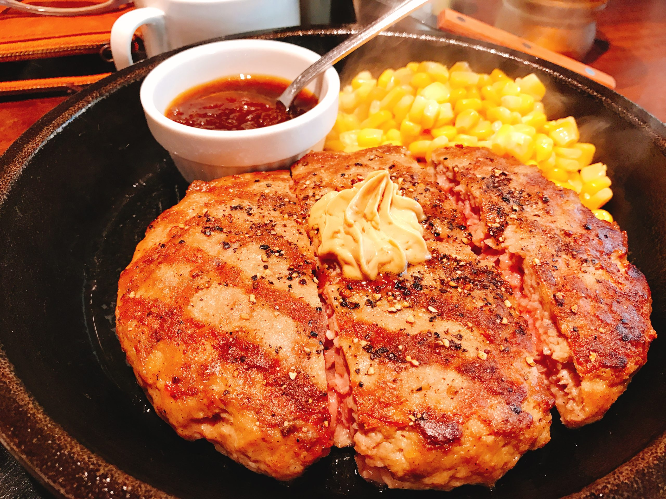 【ランチ部】いきなり! ステーキ ハンバーグ 1,188円