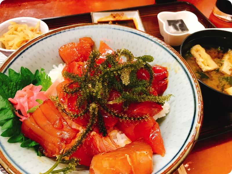 【ランチ部】えいこ鮮魚店 まぐろ丼 700円