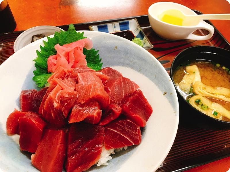 【ランチ部】えいこ鮮魚店 本マグロ丼 1,300円