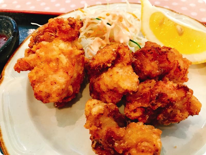 【ランチ部】石垣島食堂 鶏のから揚げ定食 370円