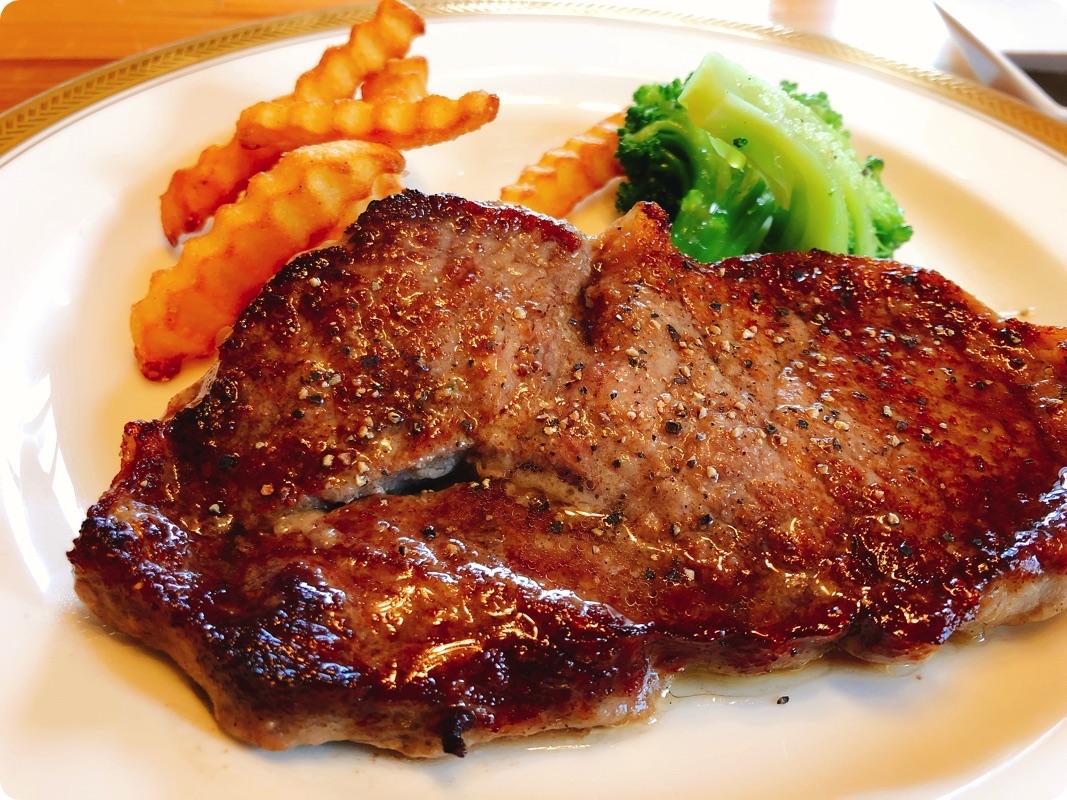 【ランチ部】kitchen ぺろり やわらかステーキ150g 1,000円
