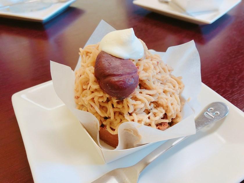【デザート部】PAPIRU ケーキ&コーヒー(907円)