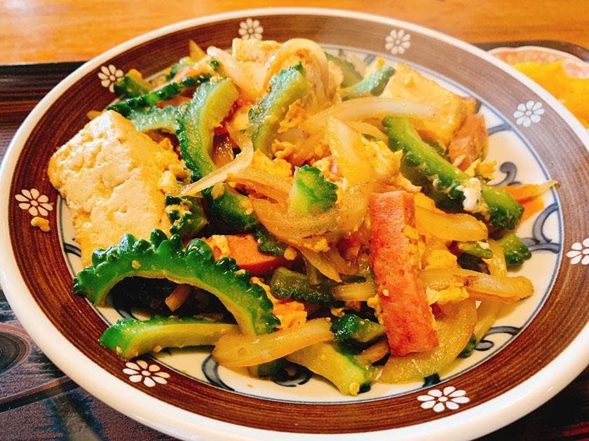 【夕食部】一休食堂 ゴーヤチャンプルー定食 700円