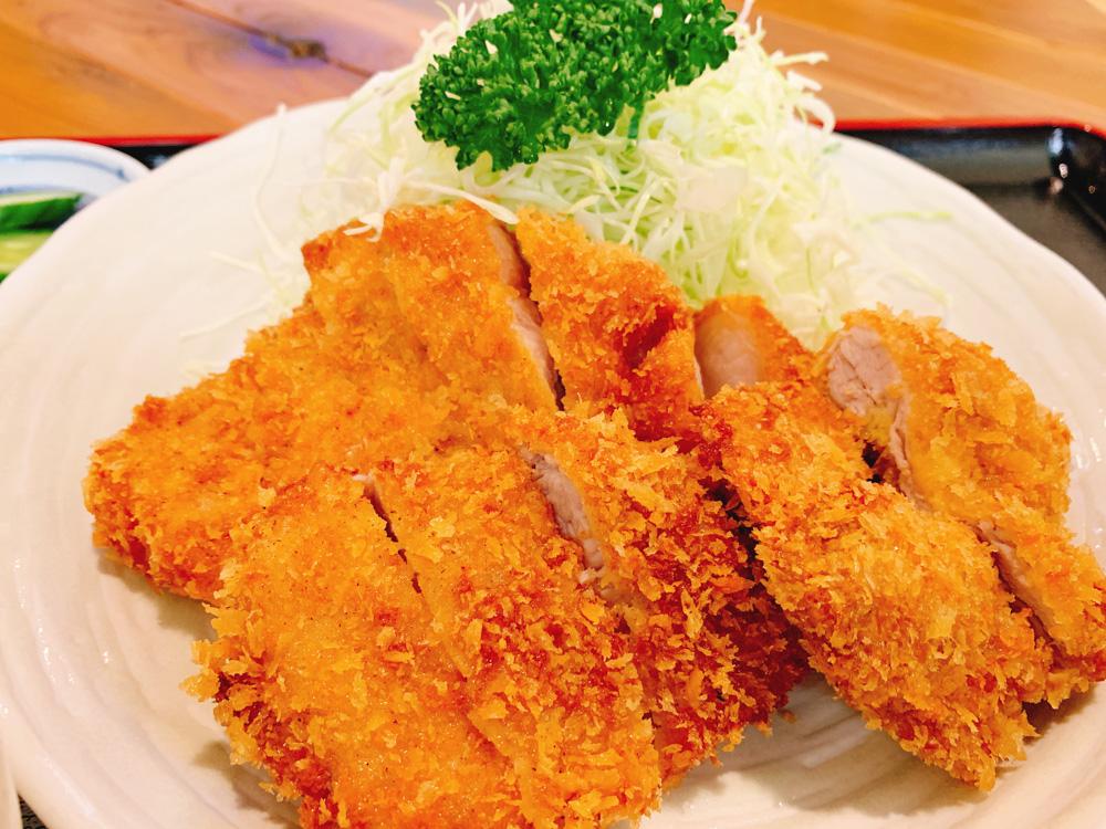 【ランチ部】とんかつ石垣亭 ミックス定食 1,300→1,100円