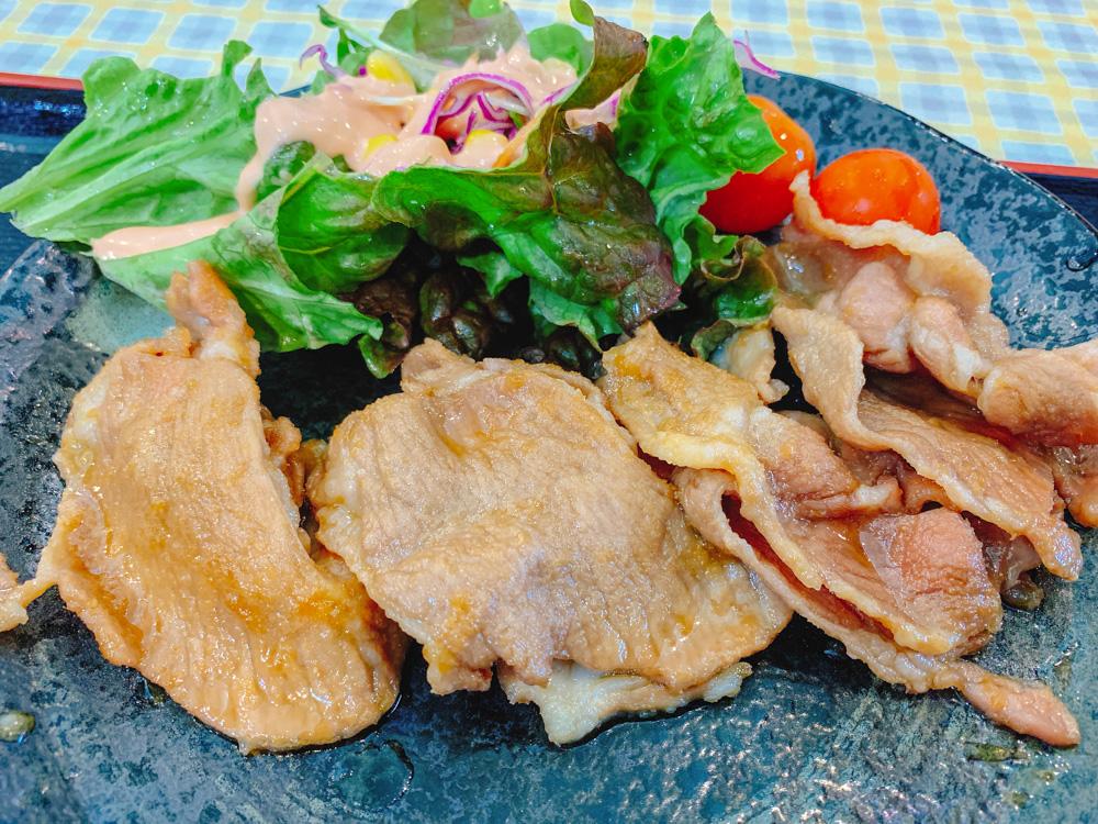 【ランチ部】石垣島食堂 豚の生姜焼き定食 480円