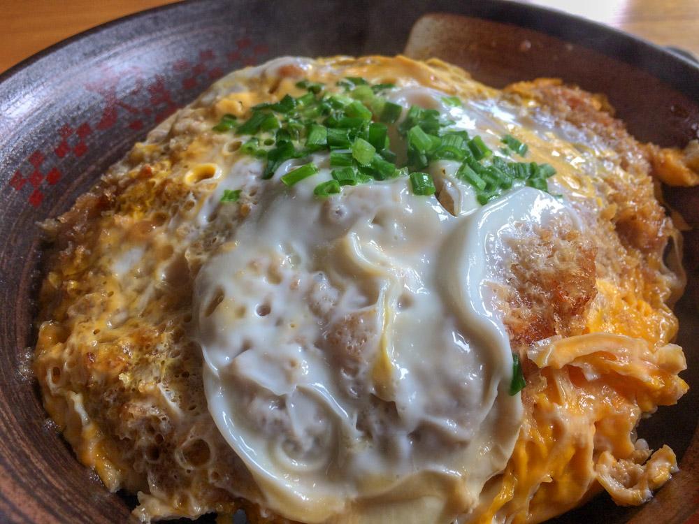 【ランチ部】やいま食堂 カツ丼+わんこそば=700円