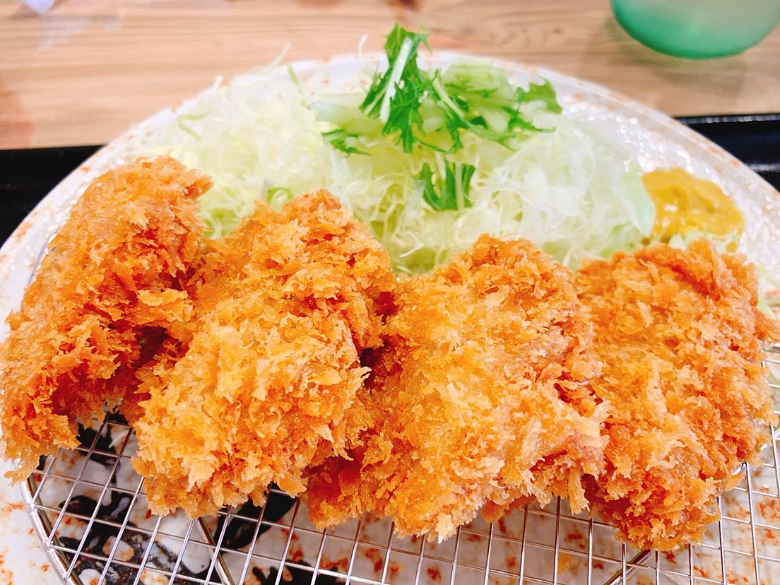 【ランチ部】洋食えがお ヒレカツ定食 750円