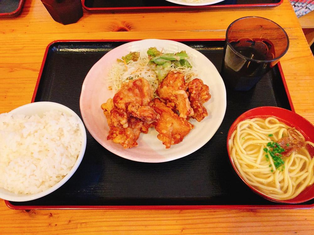 【ランチ部】あらかわ食堂 からあげ定食 750円