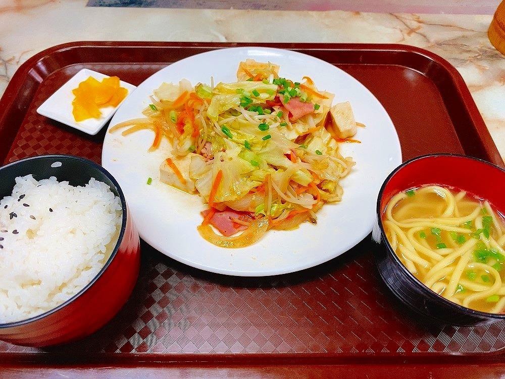 【ランチ部】はるちゃん 野菜炒め定食 800円