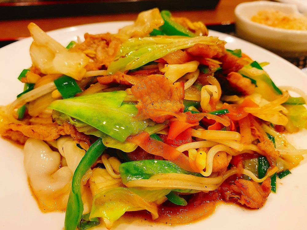 【夕食部】もちの木食堂 野菜チャンプルー定食 950円