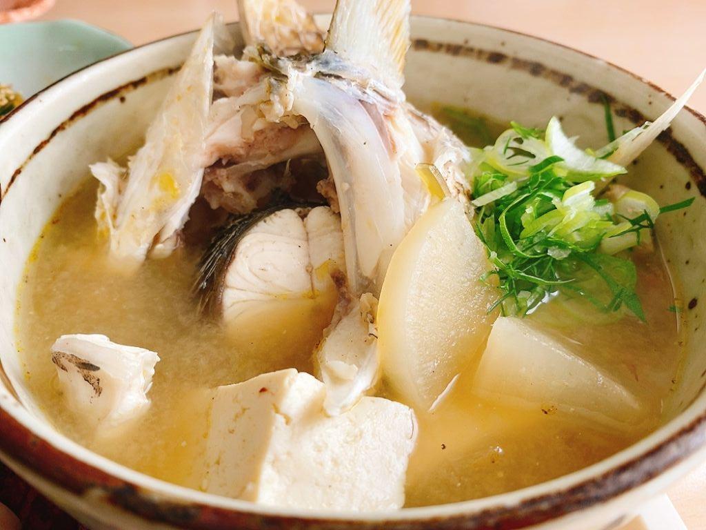 【ランチ部】西表島 「もーりーとはっちゃん」でボラ食べました~