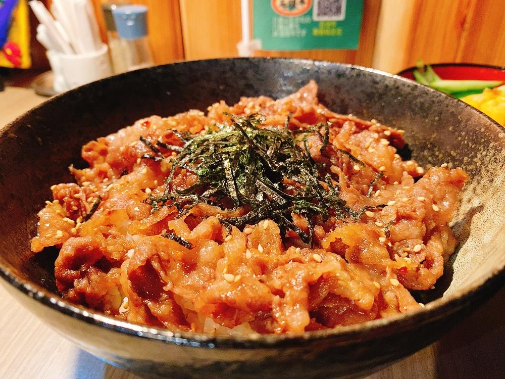 【ランチ部】島んちゅ焼肉豪 カルビ丼 750円