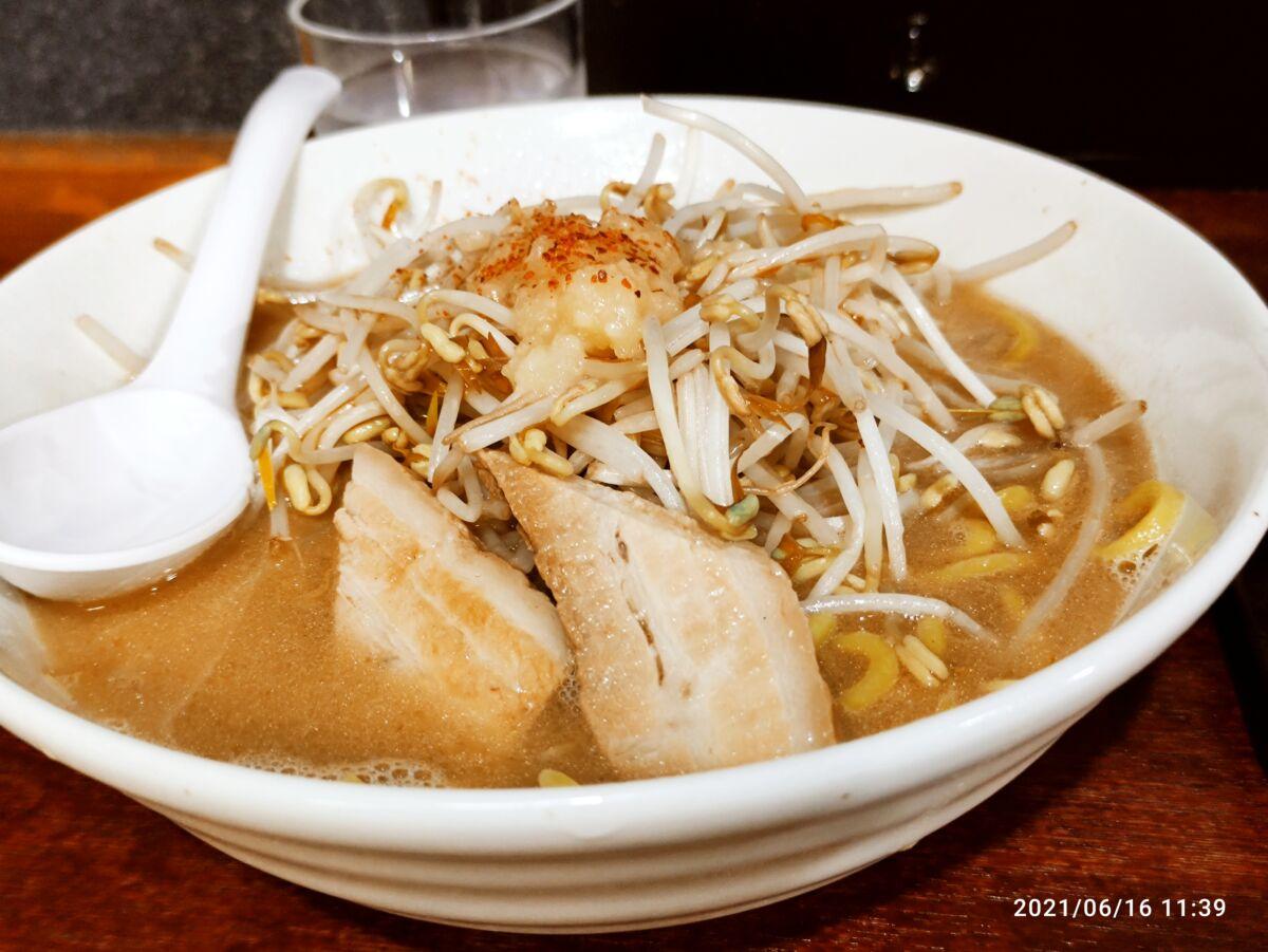 【ランチ部】東成家 ラーメン、餃子で600円
